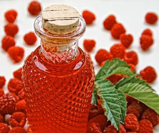 RaspberryLiqueur3_edit_web